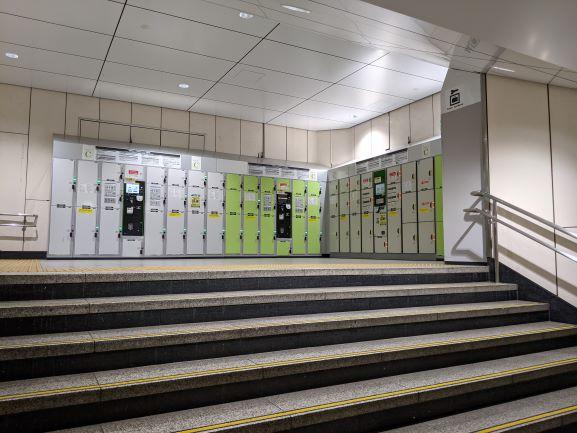 地下1階階段踊り場_1